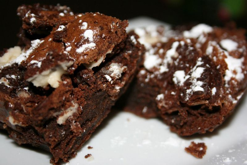 Cookies-and-cream-brownies